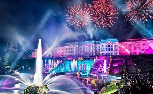 Праздник фонтанов в Петергофе посвятят Испании