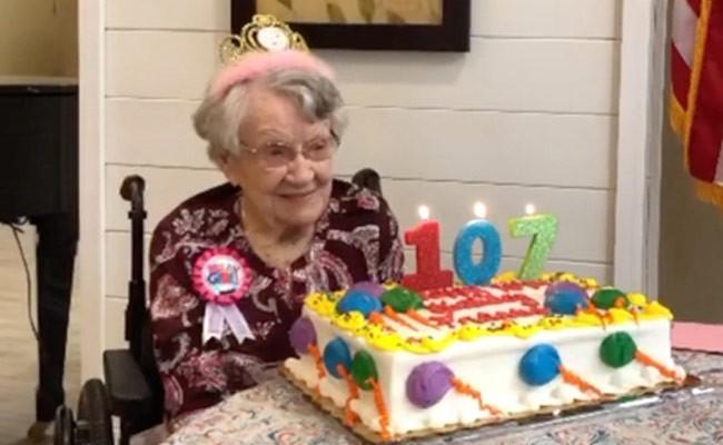 107-летняя женщина объяснила свое долголетие