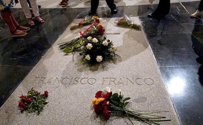 Испания: 24 сентября решится судьба останков Франко