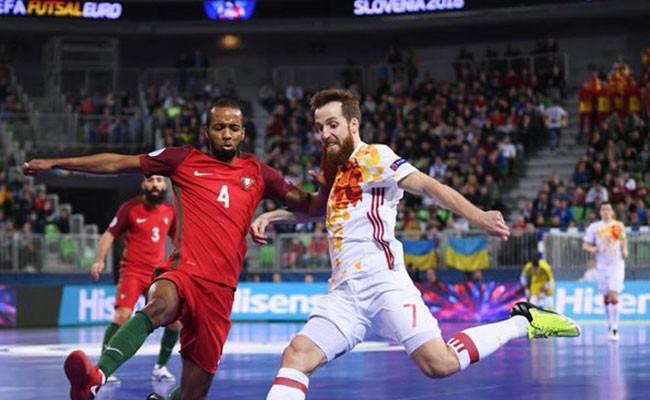 Португалия обыграла Испанию в финале чемпионата Европы