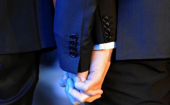 Гей-пары в Италии смогут заключить «партнерский контракт»