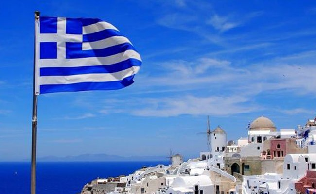 Греция досрочно погасит долги
