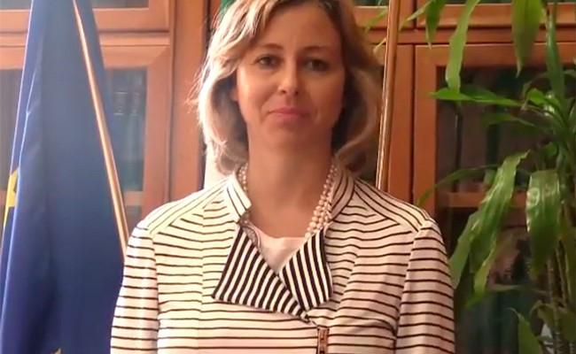 Министр здравоохранения Италии родила ребенка