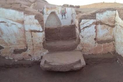 В оазисе среди пустыни нашли затерянные гробницы