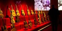 В Барселоне открылась выставка старинных гитар