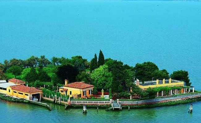 Италия: один из островов Венеции выставлен на продажу