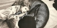 Француженка отсудила у матери 10 тысяч евро за эротические детские фото