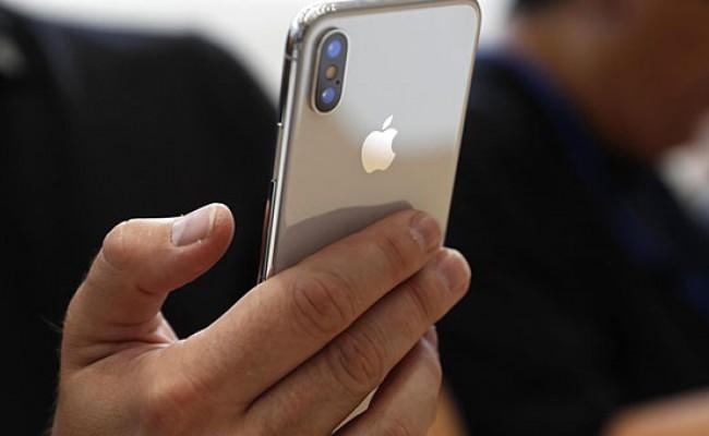 Владельцы iPhone X столкнулись с новым дефектом