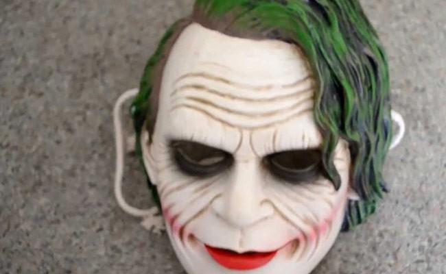 Испанские кинотеатры запретили приходить в масках Джокера