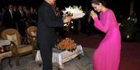 Анджелина Джоли в розовом платье представила свой новый фильм