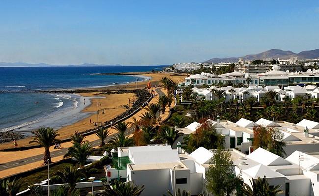 Названо самое «женское» место отдыха в Испании