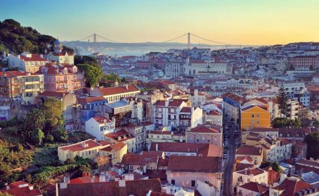 Португалия: общество требует от правительства решения жилищных проблем