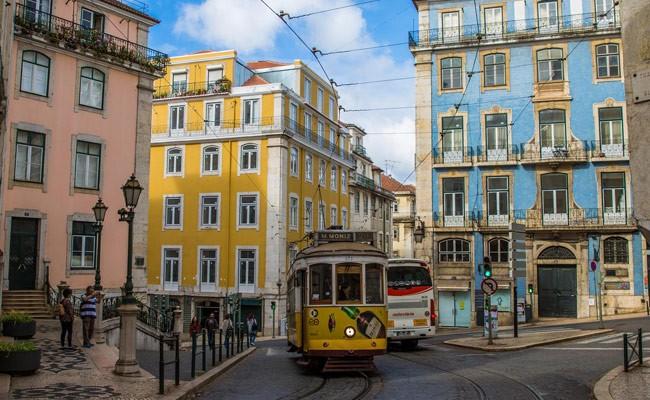 Португалию во второй раз признали лучшим туристическим направлением