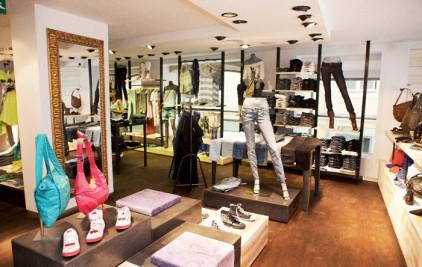 Магазины одежды в Португалии сокращают объем заказов