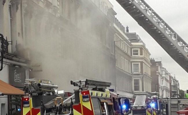 В ресторане Лондона вспыхнул пожар