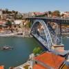 Голая туристка спрыгнула с 45-метрового моста в Португалии
