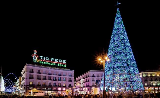 Испания: Мадрид включит праздничное освещение 22 ноября