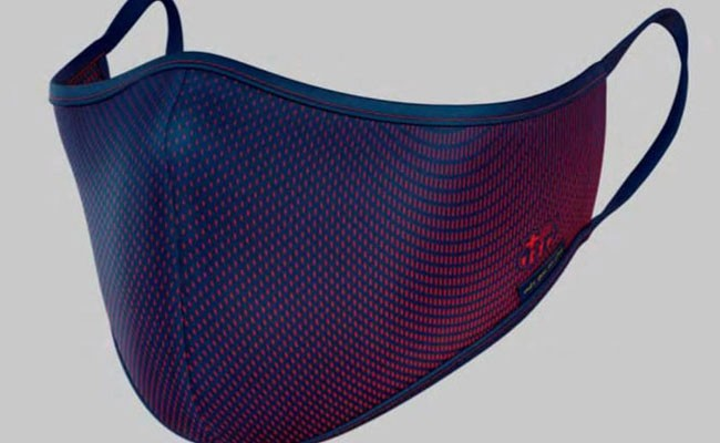 Испания: ФК «Барселона» разработал свой дизайн защитных масок