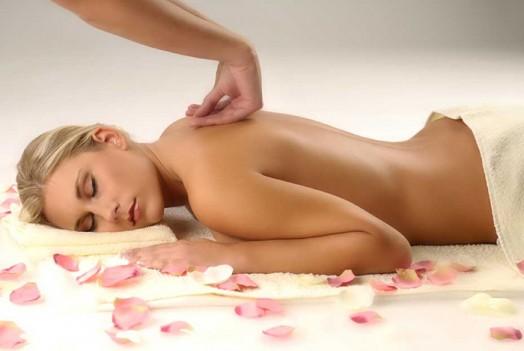 Лечебный медицинский массаж позвоночника и спины