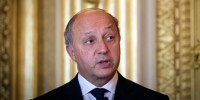 Сын главы МИД Франции подозревается в мошенничестве