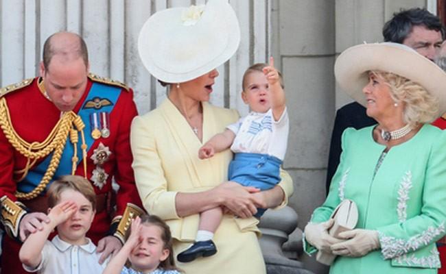 Кейт Миддлтон нарядила сына в костюм 33-летней давности