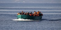 Власти Италии пригрозили арестовать судно с мигрантами