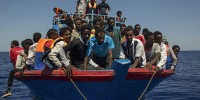Италия: на Сицилии высадились 450 мигрантов