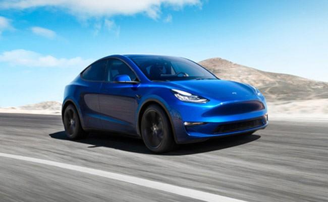 Илон Маск показал новую Tesla