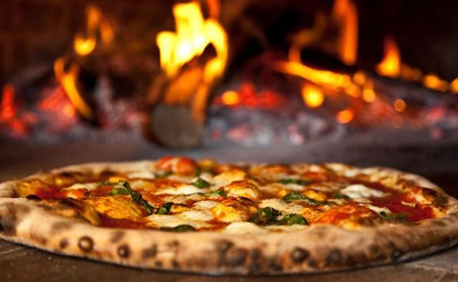 Италия: неаполитанская пицца вошла в список наследия ЮНЕСКО