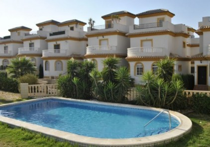 Испанцы по-прежнему предпочитают купить, а не арендовать жилье