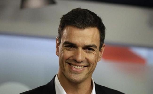 Премьера Испании обвинили в плагиате диссертации