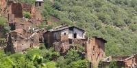 Испания: архитектор восстанавливает заброшенную деревню