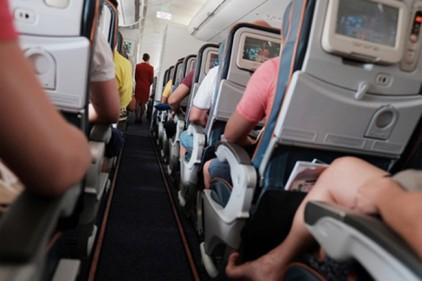 Стюардесса рассказала о секретных правилах поведения на борту