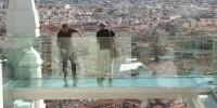 В Испании появился прозрачный мостик на высоте птичьего полета