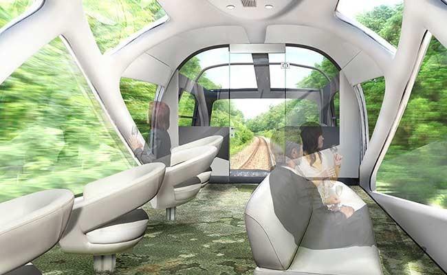 ВЯпонии запустили люксовый поезд спрозрачными вагонами иванными