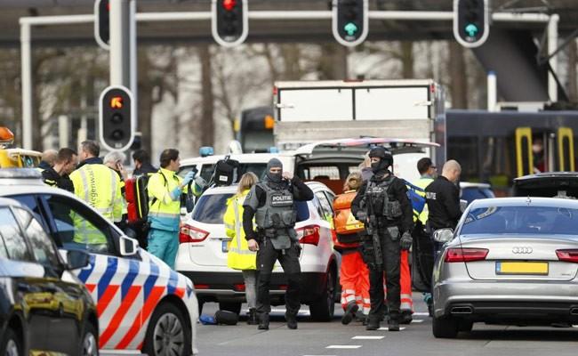 Неизвестный открыл стрельбу в голландском Утрехте