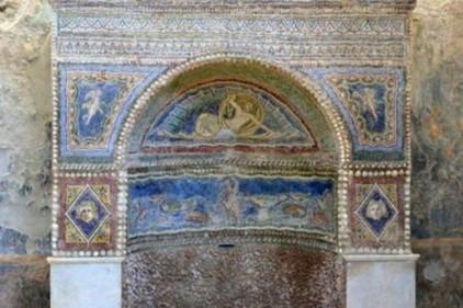 Италия: ожил после реставрации Дом Раненого Медведя