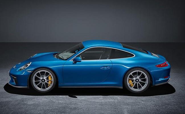 Новый Porsche разогнали до 316 километров в час