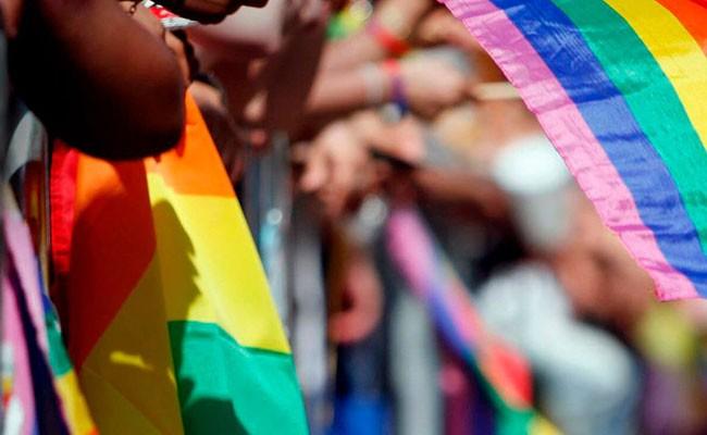 29 человек получили пищевые отравления на гей-параде в Испании