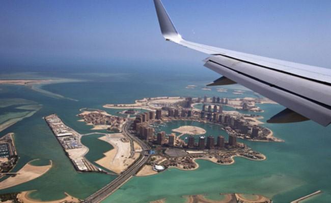 В Катаре столкнулись в воздухе два самолета