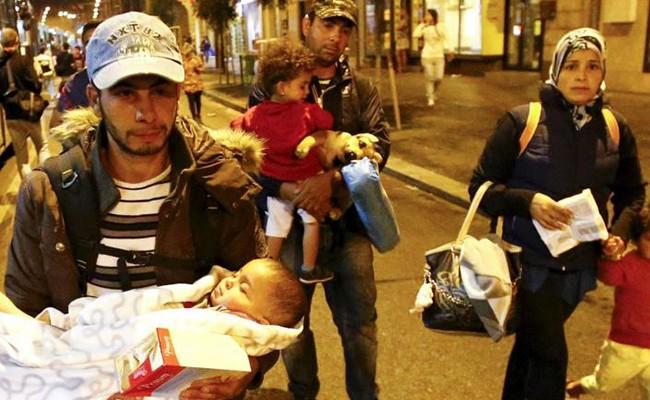 Португалия приняла практически тысячу беженцев