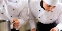 Объем выручки отелей и ресторанов Италии снизился на четверть
