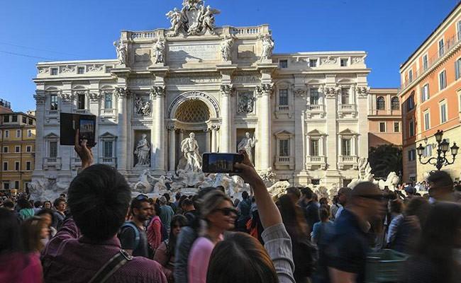 Италия: в Риме появились новые запреты для туристов
