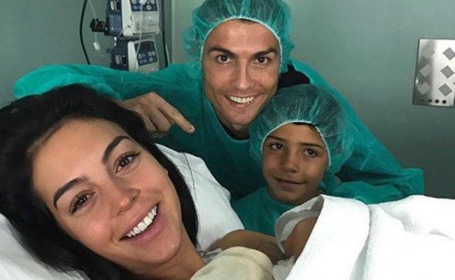 Португалия: Роналду в четвертый раз стал отцом