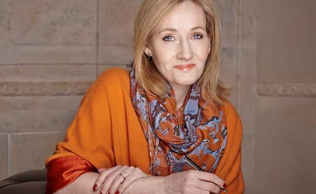 Названы самые богатые писательницы мира