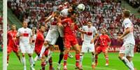 Сборная России по футболу сыграла вничью с поляками в матче Евро-2012