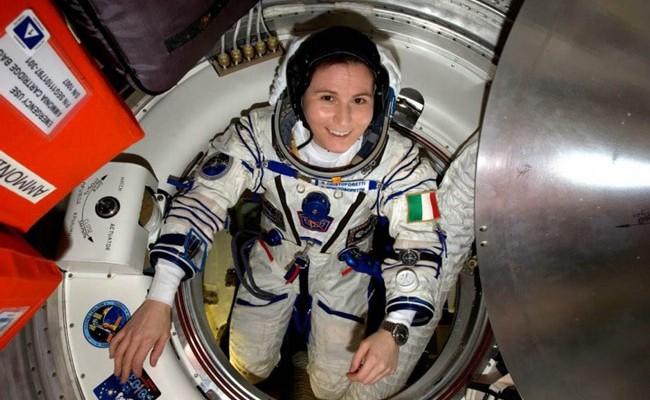 Первая женщина-астронавт Италии стала прототипом Барби