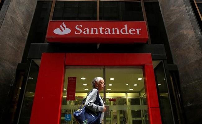 Испания: банк Santander сократит штат на 3700 человек