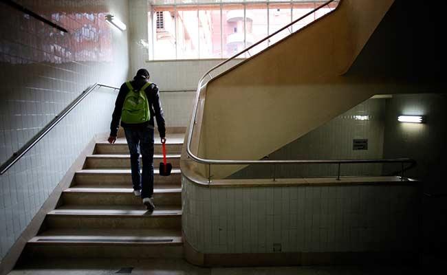 Причины, по которым испанские подростки бросают школу