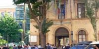 Италия: школьник покончил с собой на глазах одноклассников